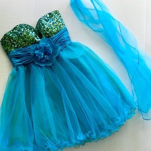Dancing Queen Prom/Homecoming Dress NWT